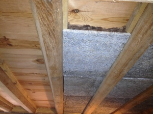 Similar method of finishing the new ceiling and joists (installed by previous owners). No need for breathability so used Rockwool slabs and compressed it by more than half by installing the Savalit very tight against it, to make a good acoustic insulation. Hemp was used near exterior walls.